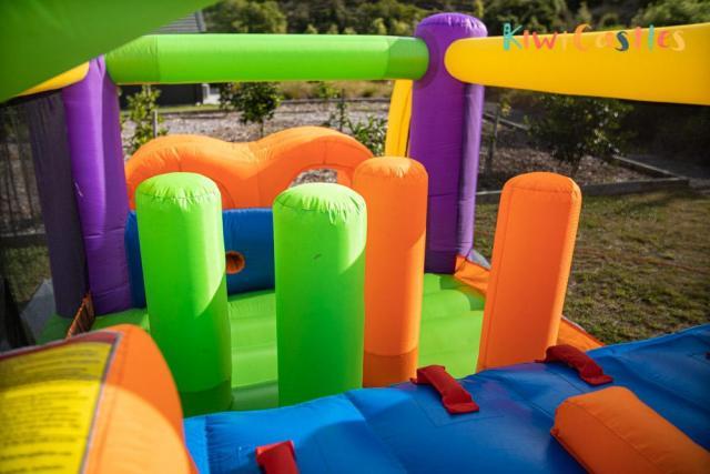 KiwiCastles Bouncy Castle Hire Tauranga